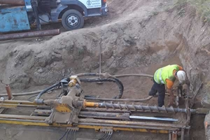 Perforaciones Rodríguez Cruce de carretera con barrena helicoidal